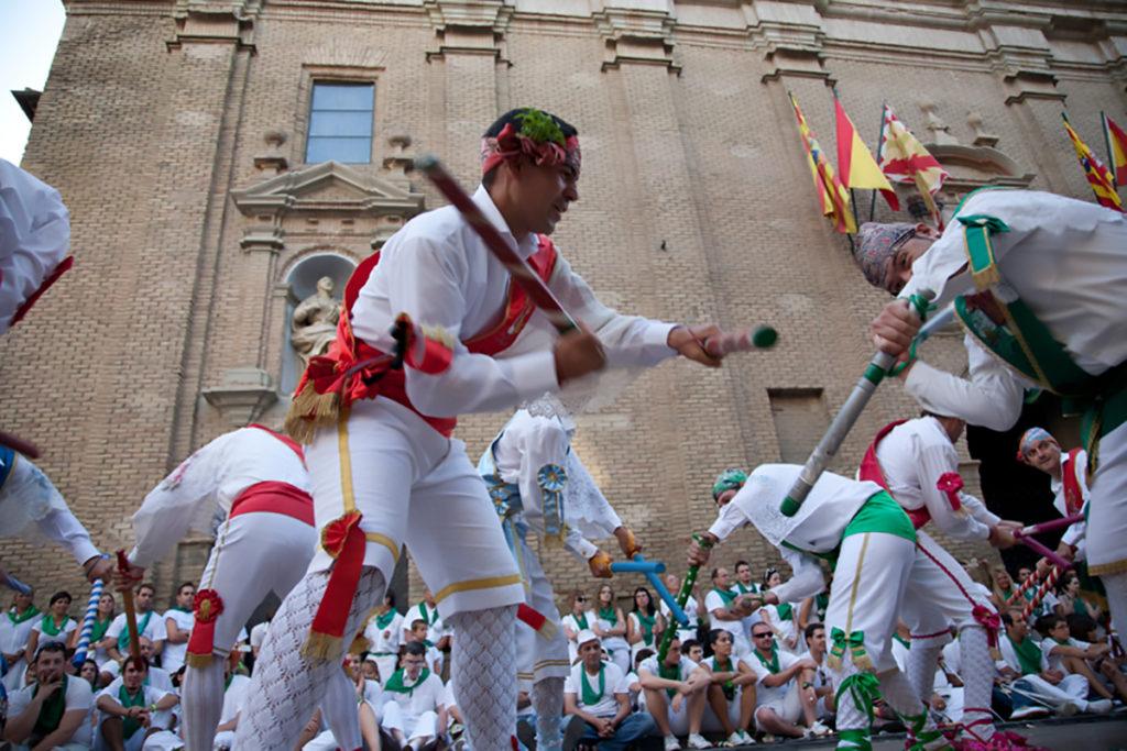 Los danzantes de Huesca
